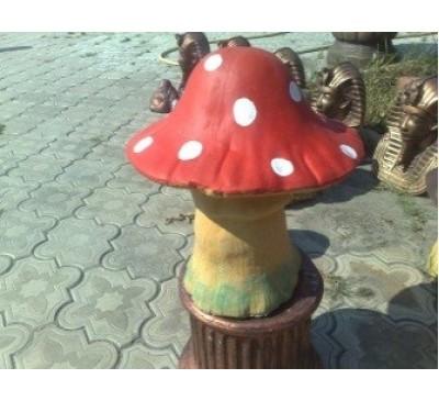 Поганка большая шляпа